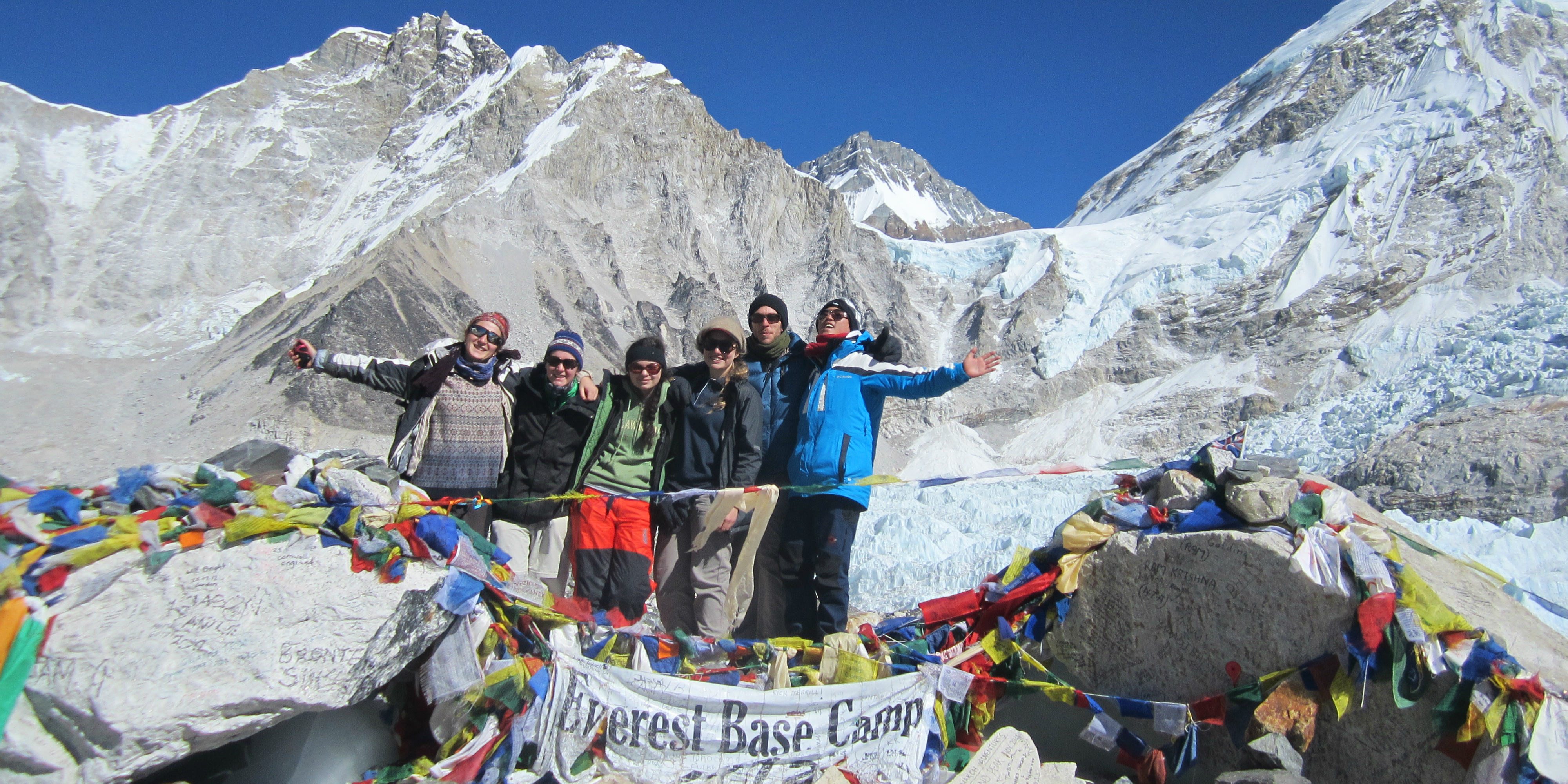 GVI participants reach Everest Base Camp while taking a breakers careers.