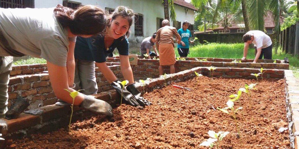 GVI's internship programs understand that our volunteers are positive influences and focus on learning from each other.