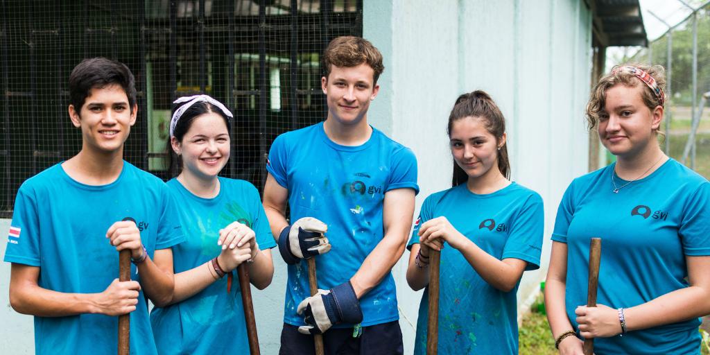 community development volunteers in Fiji